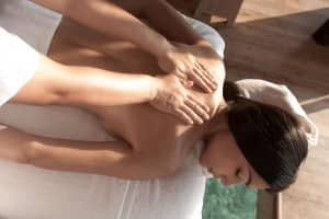 Massage at Spa de Constance