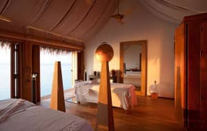 Spa treatment room at Constance Moofushi