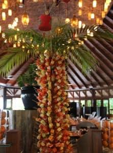 Fruit skewer palm tree