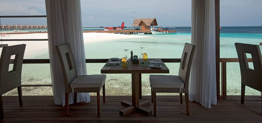Constance Moofushi Resort, Maldives at Manta Restaurant