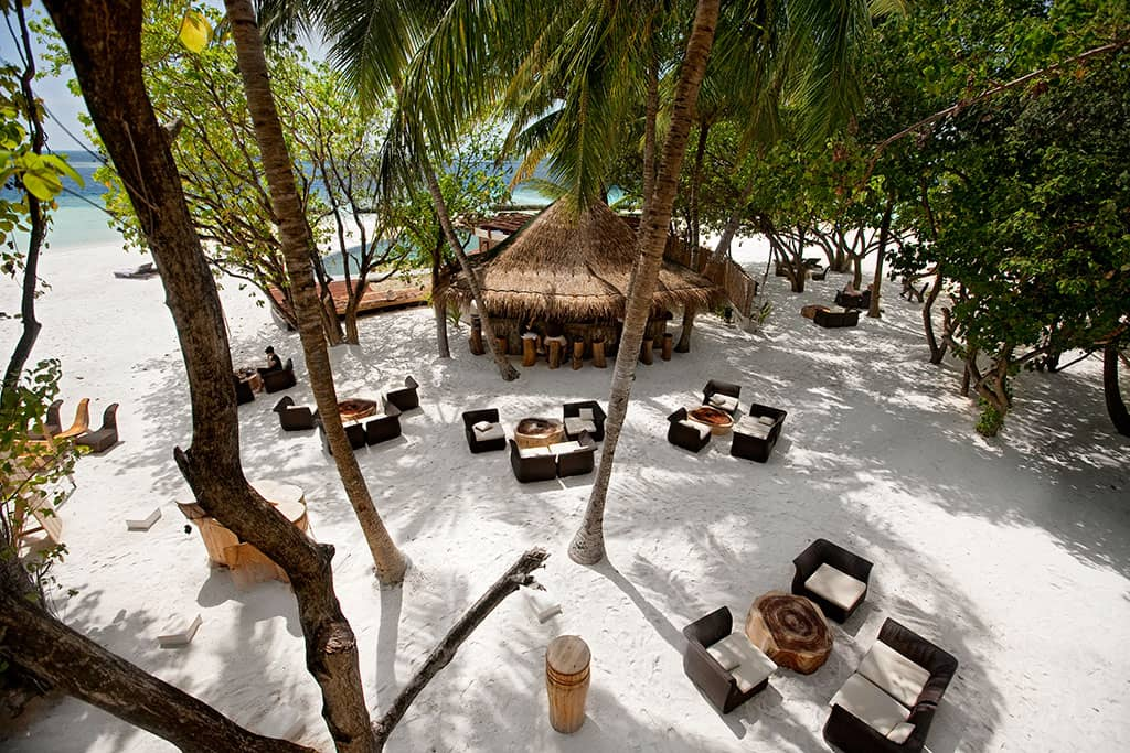 Totem Bar, Constance Moofushi Resort, Maldives