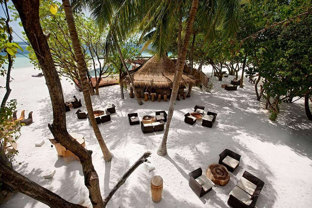 Totem Bar, Constance Moofushi Resort, Maldives