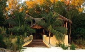 Restaurant and bar at Constance Lodge Tsarabanjina
