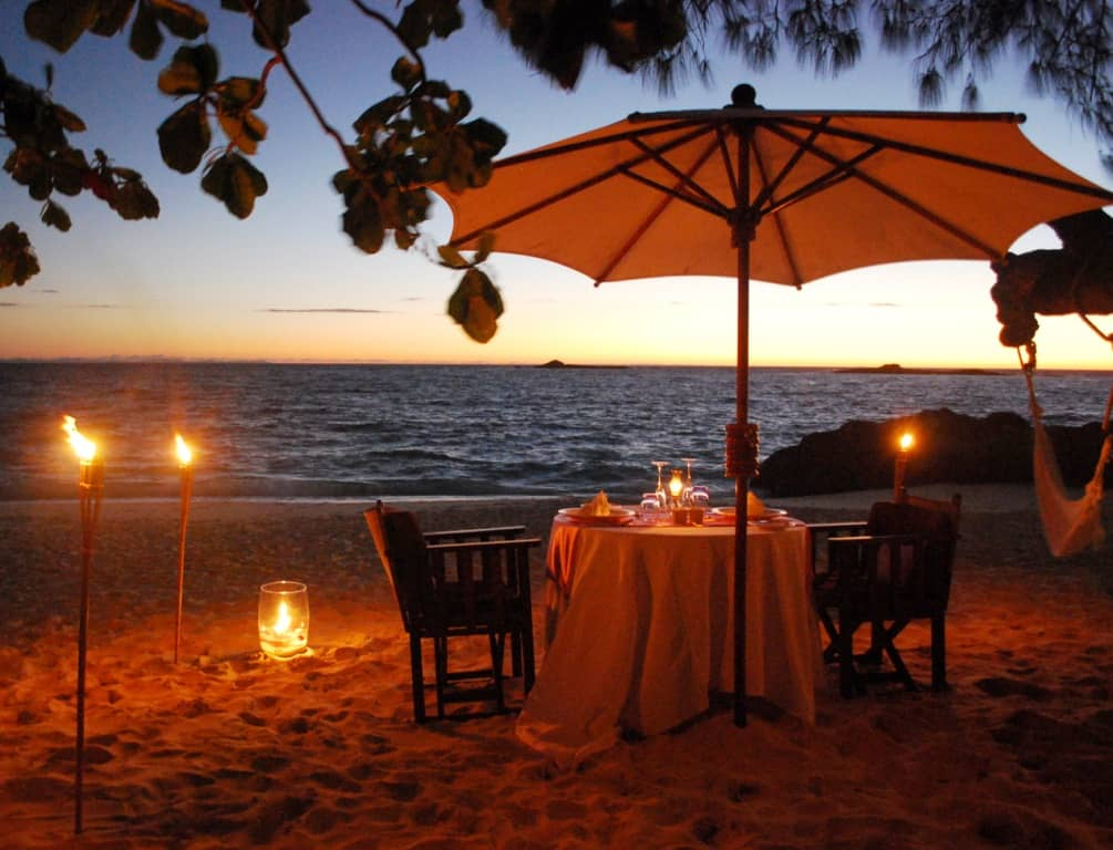 Romance on the beach at constance lodge tsarabanjina for Romantic dinner