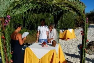 Wedding ceremony at Constance Lodge Tsarabanjina