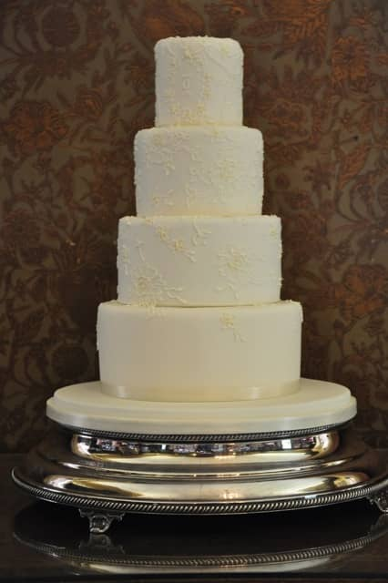 why is wedding cake tiered wedding cake trends 2013 constance hotels 27472
