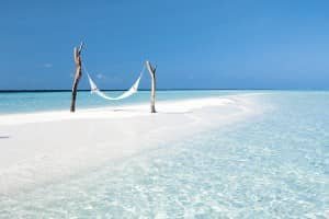 Ultimate beach relaxation at Constance Moofushi