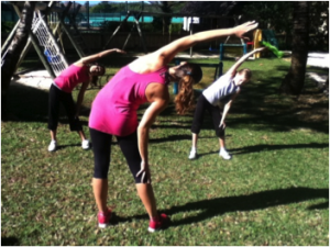 Exercise 1 – Stretch your side to avoid love handles