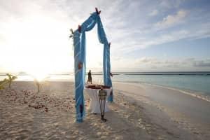 Weddings and honeymoons at Constance Halaveli, Maldives