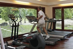 Work out in the gym at Constance Lémuria
