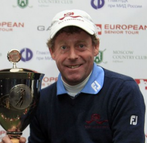 Simon Brown wins the Russian Open