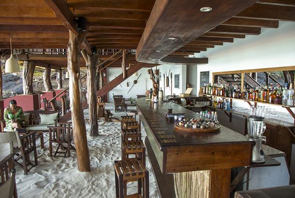 Bar, Constance Tsarabanjina