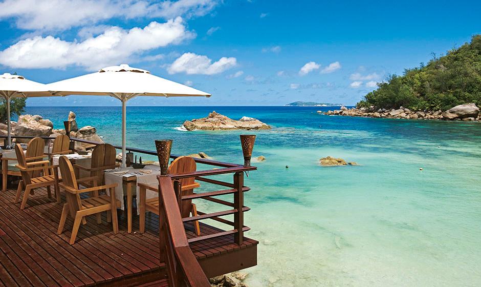 Beach Bar & Grill, Constance L├®muria