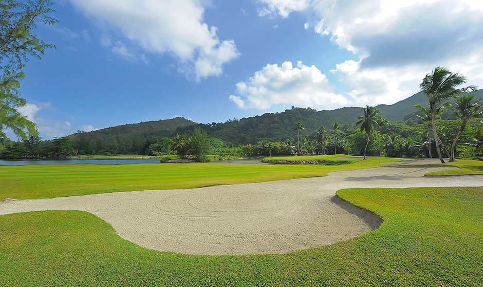 Golf at Constance Lémuria, Seychelles