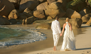 Experience the Seychelles as man & wife