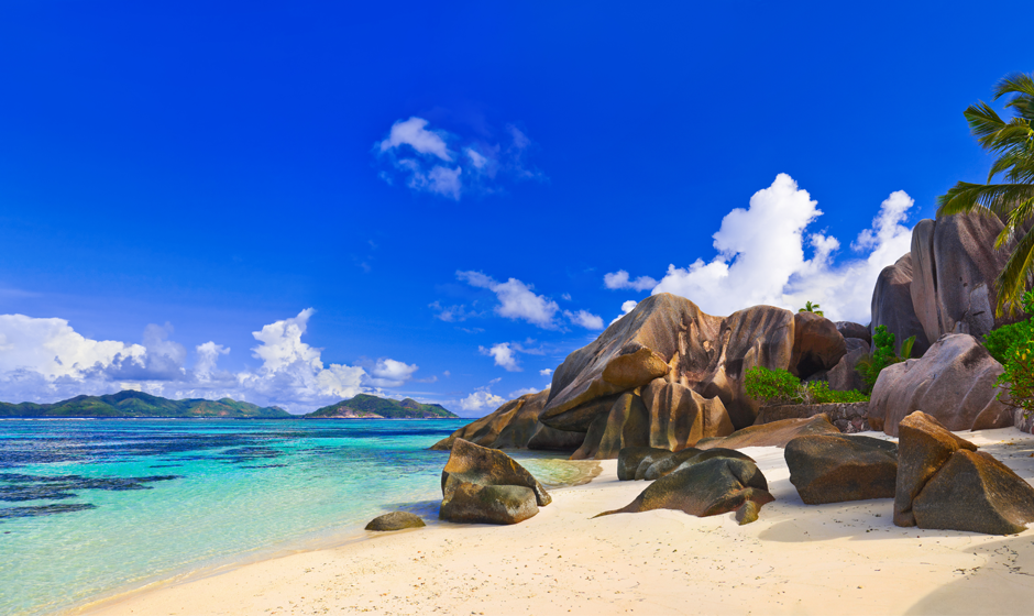 Top beaches in the Seychelles: Anse Source dÔÇÖArgent, La Digue
