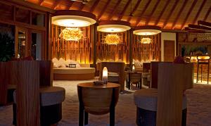 Fine dining at Constance Halaveli, Maldives