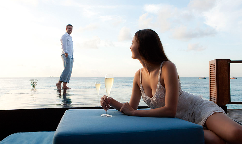 Luxury honeymoons at Constance Halaveli