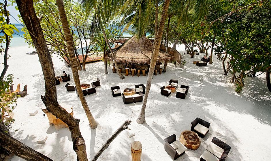 Soak up the Indian Ocean vibe at the Totem Bar