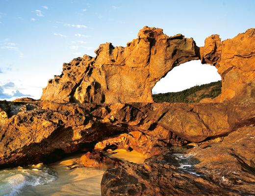 The beautiful coastline of Constance Tsarabanjina