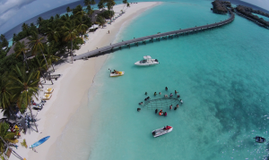 IUCN Maldives Marine Project helps resorts manage & protect reefs