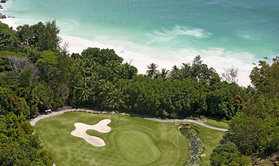 Golf at Constance Lémuria