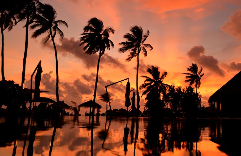Sunset at Constance Halaveli, Maldives