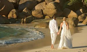 Beach-chic bridal wear at Constance