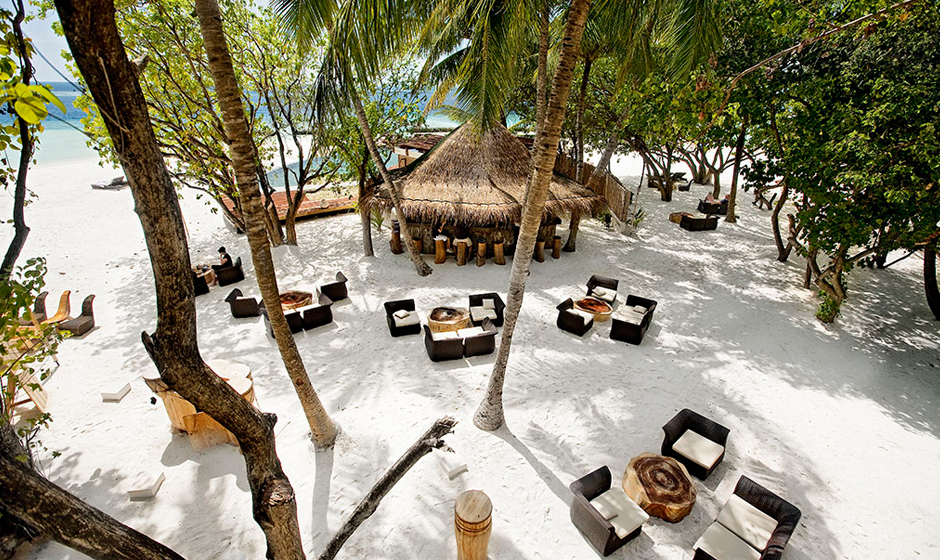 Soak up the laid back vibe of Constance Moofushi's Totem Bar
