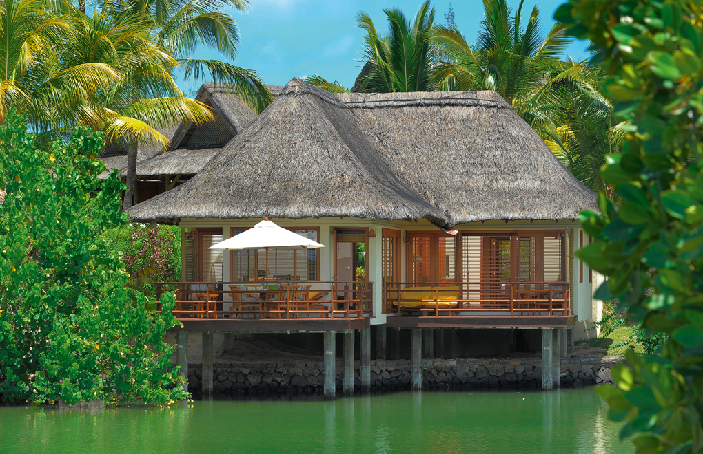 Nine Overwater Bungalows To Escape Your Winter Blues: Huffington Post 'lusts Over Water Villas At Le Prince Maurice