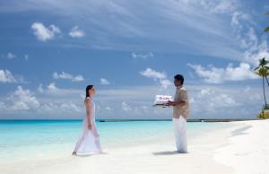 Personal service at Constance Halaveli, Maldives