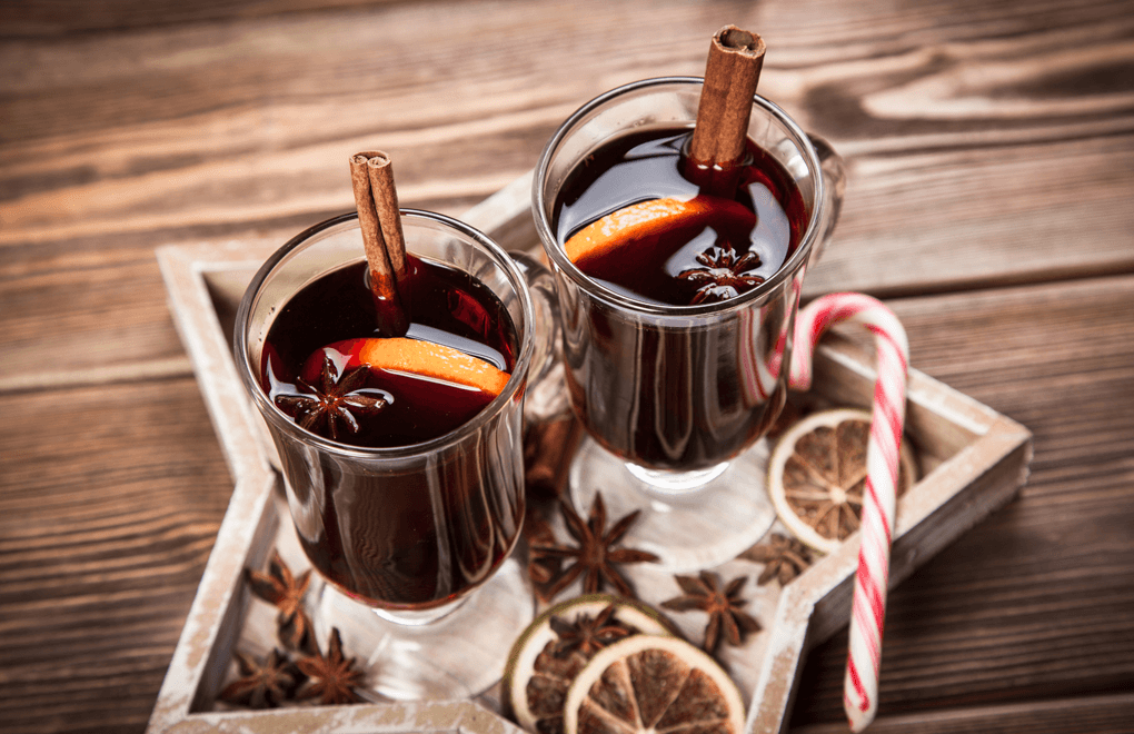 Mulled Port and lemon