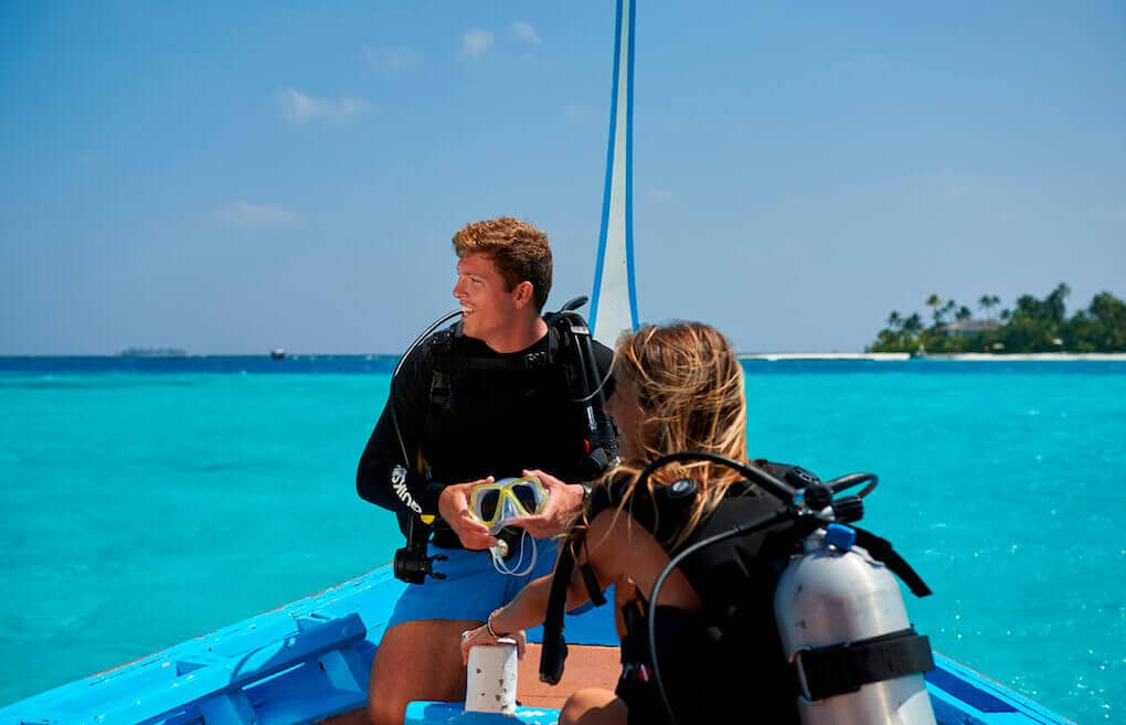 Lessons available for dives in the Maldives