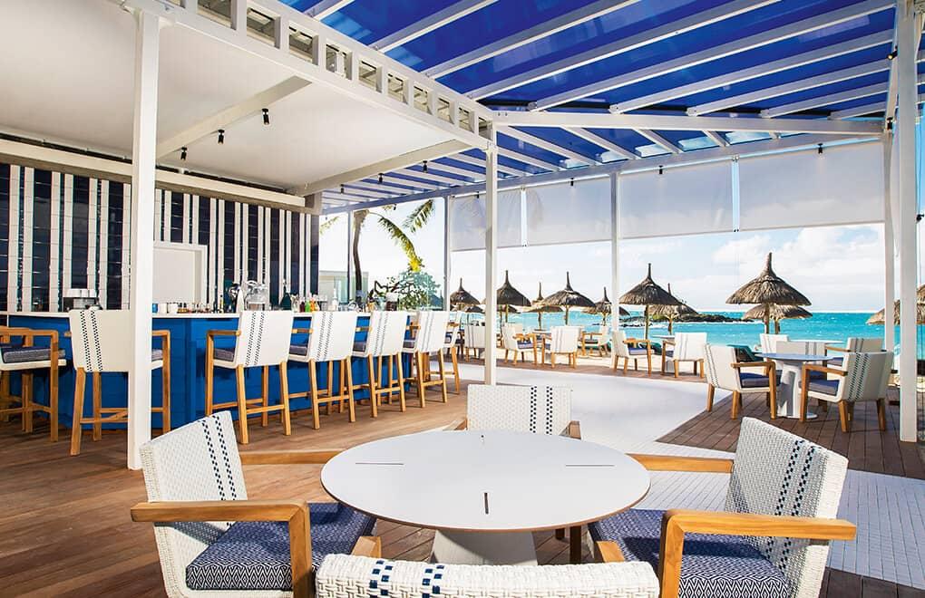 Indigo & Blu Bar Constance Belle Mare Plage