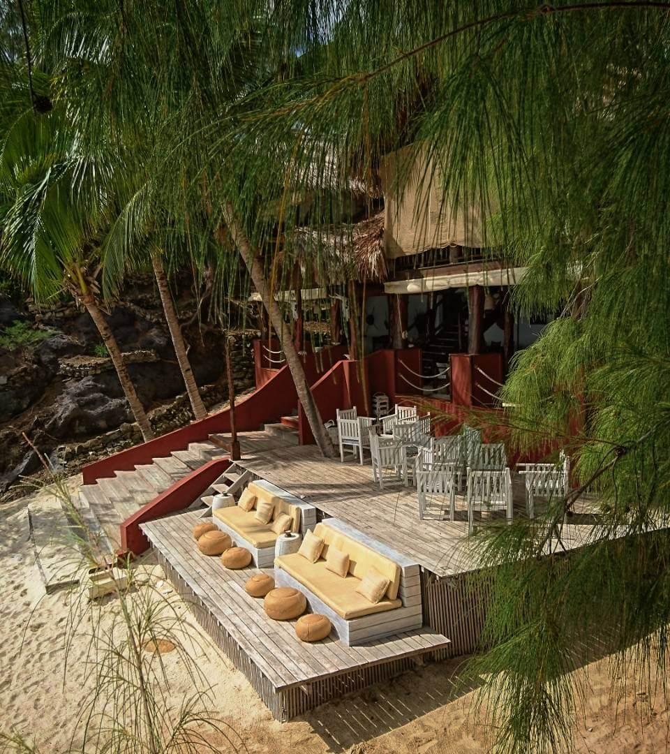 Tsarabanjina bar and restaurant