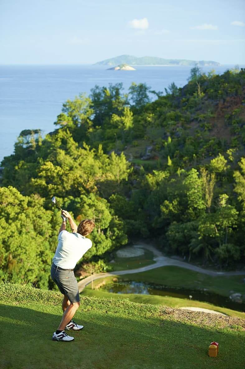 Take your best shot at Lemuria Golf Course