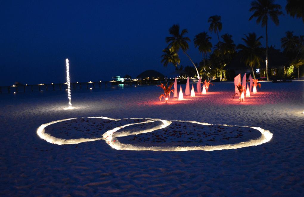 constance halaveli hearts in sand