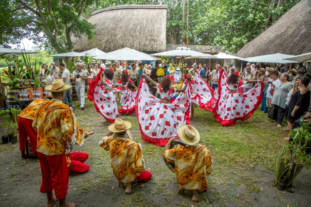 Mauritian dancers