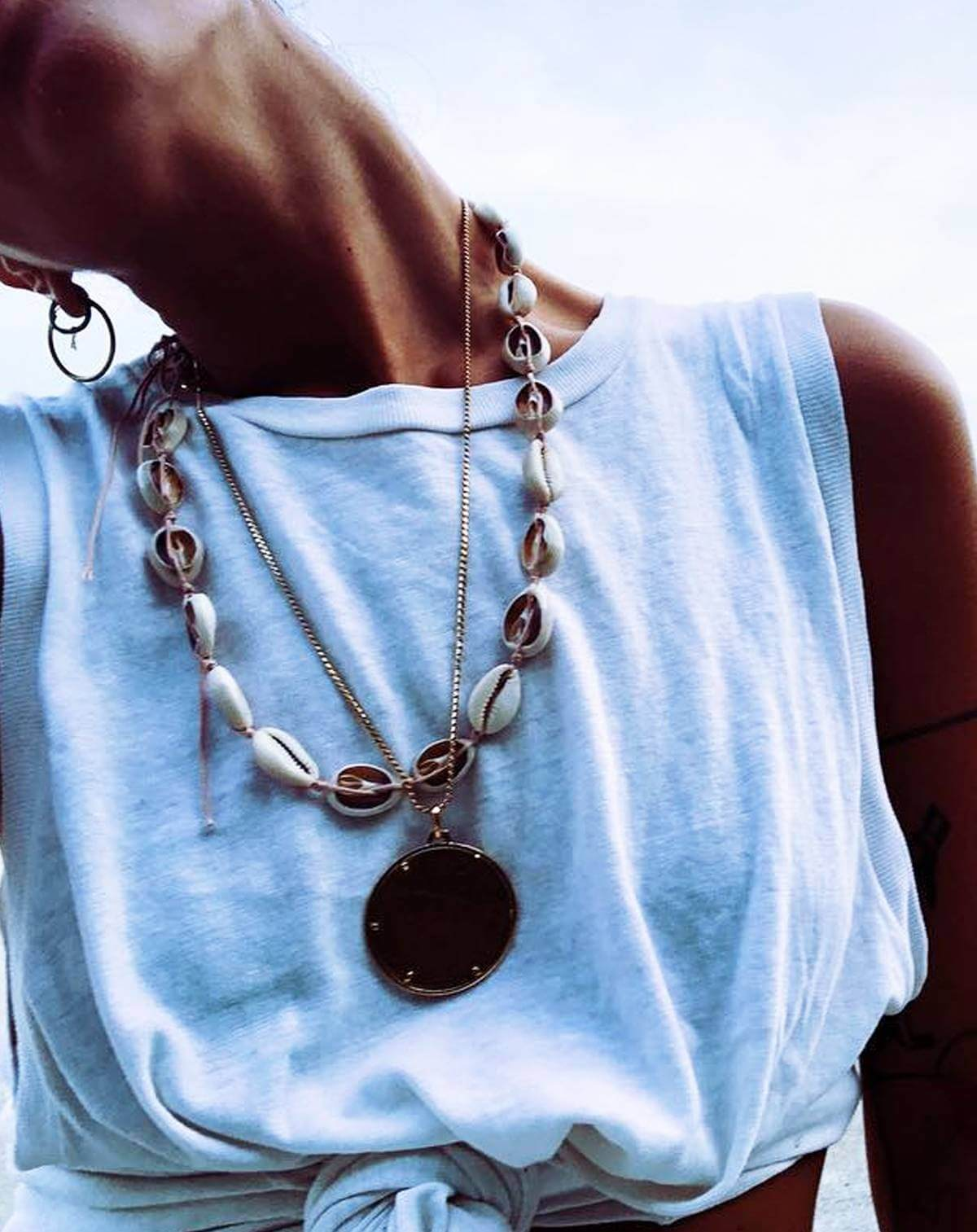 cowrie shell necklace fashion