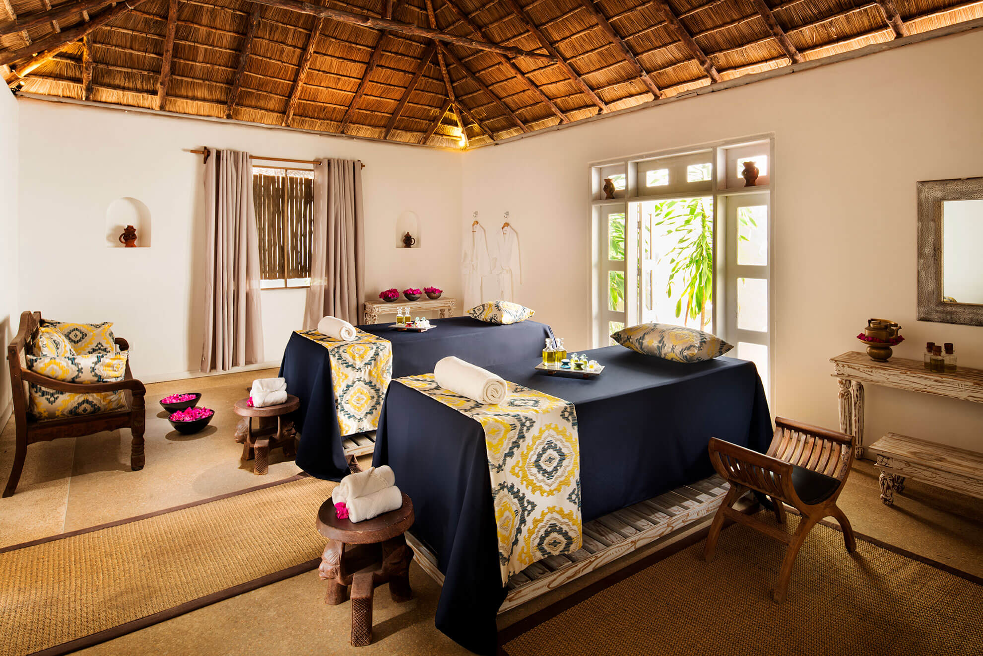 constance-aiyana-pemba-zanzibar-ab-maji-spa-treatment-room